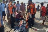 Nelayan hilang ditemukan meninggal saat disapu ombak