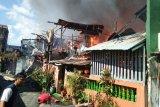 Tujuh rumah di jalan Kemauan Makassar ludes terbakar