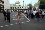 Permohon perpanjangan SIM di Polres ini antre sejak sebelum subuh