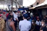 Sempat diprotes warga, akhirnya feri penyeberangan di Kapuas ditutup