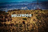 Seluruh kegiatan pengambilan gambar film hollywood kembali diproduksi bulan ini