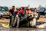 Helikopter TNI AD jatuh dalam misi latihan, empat tewas