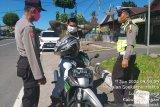 Polres Agam imbau pengunjung pasar patuhi protokol COVID-19
