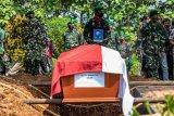 Pemakaman korban kecelakaan helikopter