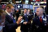 Wall Street AS dibuka lebih tinggi menyusul kenaikan solid pekan lalu
