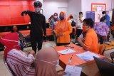 Gubernur Jateng minta Pos Indonesia benahi mekanisme penyaluran BST