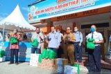 Menteri Edhy Prabowo bagi-bagi 4,5 ton ikan segar di Sulteng