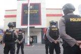 Antisipasi warga bawa paksa jenazah COVID-19, polisi jaga rumah sakit