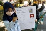 Dua siswa perebutkan satu kursi SD negeri di Semarang