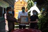 Bupati Sleman meresmikan monumen COVID-19 di RS Puri Husada