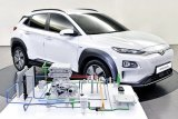 Pemerintah pastikan pengembangan kendaraan listrik Indonesia terus jalan