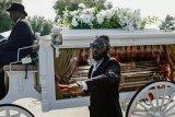 Pemakaman Floyd disiarkan semua televisi utama Amerika