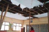 Bangunan sekolah di OKU nyaris roboh