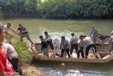 Warga Payakumbuh dikagetkan penemuan jasad bayi diduga lahir prematur di aliran Sungai Batang Agam