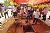 Menteri KP meletakkan batu pertama pembangunan tambak udang di Parmo