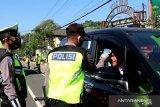 Polisi intensifkan penyekatan kendaraan masuk Temanggung
