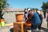 Pertamina Baubau donasi empat perangkat cuci tangan portabel