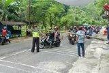 Gunung Kidul tolak ratusan kendaraan wisatawan menuju pantai