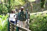 Gubernur Jabar minta pengelola wisata tegas terapkan protokol kesehatan