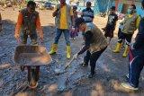 Pegawai pemerintah diimbau kerja bakti di daerah banjir