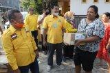 Golkar salurkan bantuan kepada warga yang terkena banjir disejumlah wilayah di Bandarlampung
