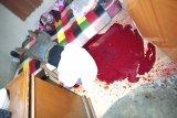 Geger, warga Lotim tewas bersimbah darah dengan parang masih menempel di leher di kamarnya