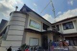 Seorang tewas, empat luka akibat menara di Gedung BPN roboh