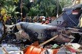 Pilot pesawat tempur Hawk jatuh di permukiman masih dirawat di rumah sakit