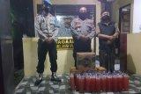 Ratusan botol miras oplosan diamankan Polsek Keruak