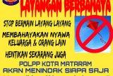 Warga yang bermain layang-layang di Kota Mataram bakal dijatuhi sanksi