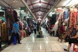 Pedagang  Beringharjo gencarkan penjualan daring