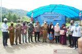 Warga Dusun Lome Pinrang kini nikmati listrik PLN setelah 53 tahun