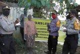 Polres Lanny Jaya serahkan bantuan bibit sayur dan ternah ke kelompok tani