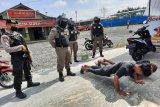 Tak bermasker, warga Wonosobo dikenai sanksi push up