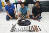Polisi ringkus komplotan spesialis maling kran PT Chevron