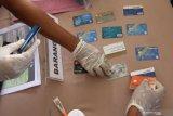 Polisi tangkap dua bandit pembobol kartu ATM