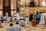 Jamaah positif corona, masjid Al Hikmah ditutup sementara