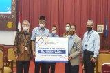 Bank Jateng hibahkan tiga buah videotron ke UNS