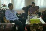 Rycko sambangi mantan bupati Lampung Selatan di Lapas Rajabasa