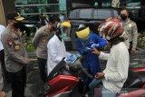 Rumah Sakit Bhayangkara gelar Test Covid drive thru