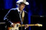 Legenda musik rock Amerika Bob Dylan rilis album ke-39