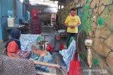 Perajin batik di Kulon Progo mulai