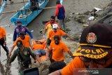 Petugas temukan tiga orang nelayan yang hilang di laut Pangandaran
