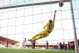 Palace gilas Bournemouth dengan skor 2-0