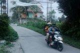 Hujan abu terjadi di Kabupaten Magelang akibat erupsi Gunung Merapi