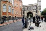 Inggris dikejutkan dengan aksi penusukan yang dikaitkan dengan terorisme