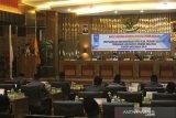 Bupati Hendrajoni hadiri rapat DPRD tentang penyampaian rekomendasi LKPj 2019