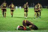 Gelandang PSM Makassar Rasyid Bakri tunggu kepastian keberlanjutan Liga 1
