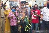 Pasar Gede Solo buat 30 tumpeng untuk keselamatan dari COVID-19