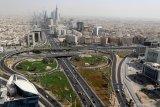 Kasus COVID-19 di Arab Saudi dan UAE naik setelah cabut jam malam
